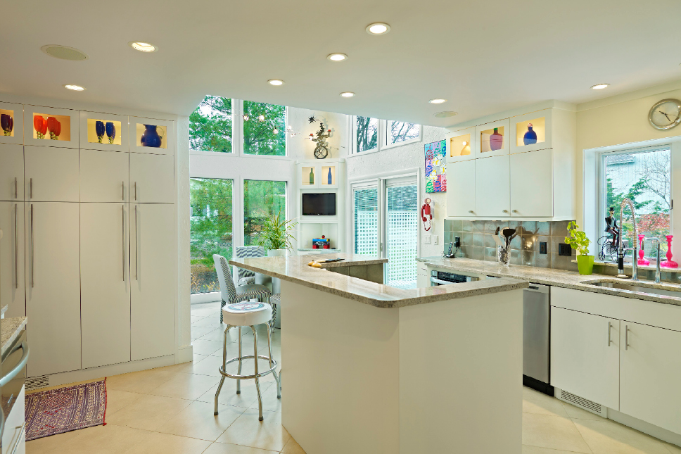 Cool Spaces: Beachwood kitchen goes from blah to beautiful!